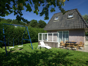 "Holiday apartment no. 1 in the Bungalowpark ""Puik en Duin"""