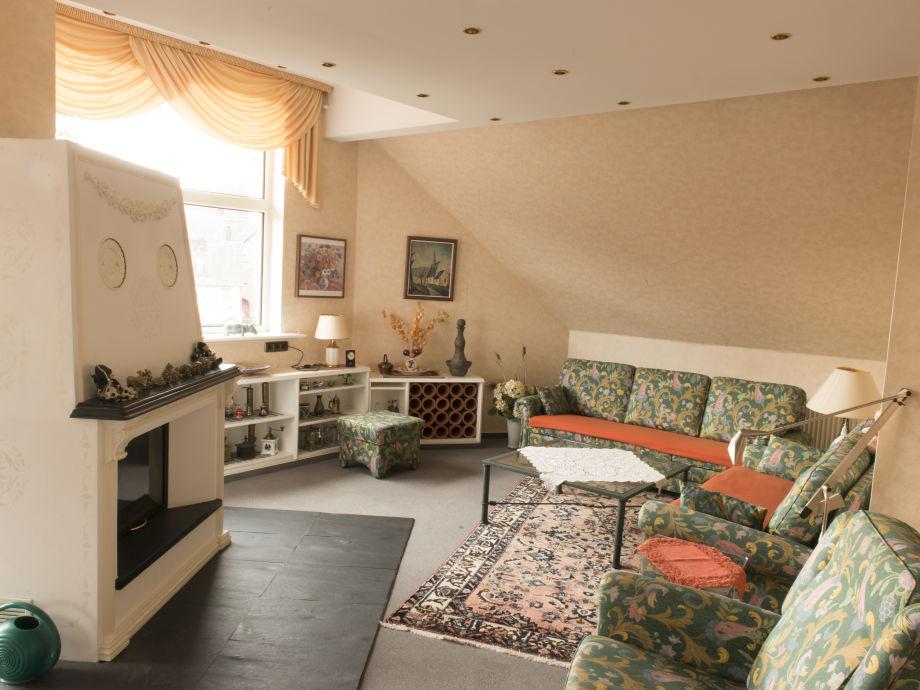 ferienwohnung burg eltz treis karden cochem mosel familie paul petra zimmermann. Black Bedroom Furniture Sets. Home Design Ideas