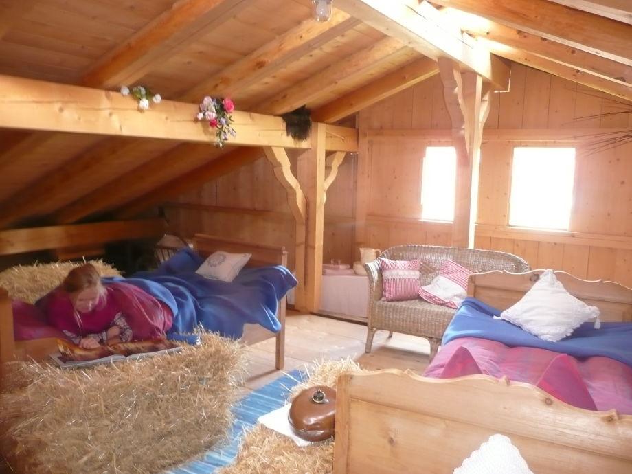 ferienhaus das besondere bauernhaus t lzer land frau katharina demmel. Black Bedroom Furniture Sets. Home Design Ideas
