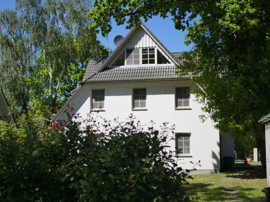 Haus Wildenhagen zur Gartenseite