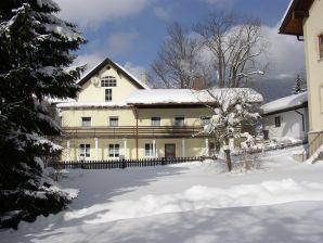 Ferienwohnung St. Lukas Apartment