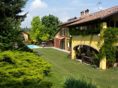 """East"" in Country House Cascina San Martino"