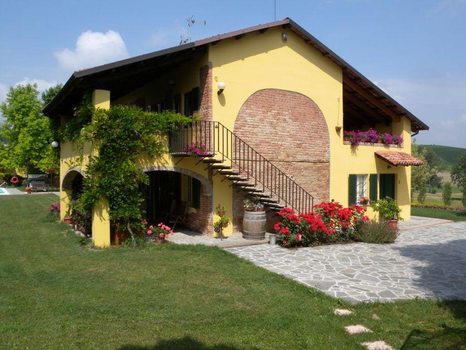 "Außenaufnahme ""East"" in Country House Cascina San Martino"