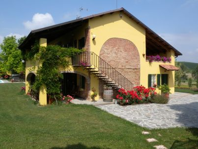 """""""East"""" in Country House Cascina San Martino"""