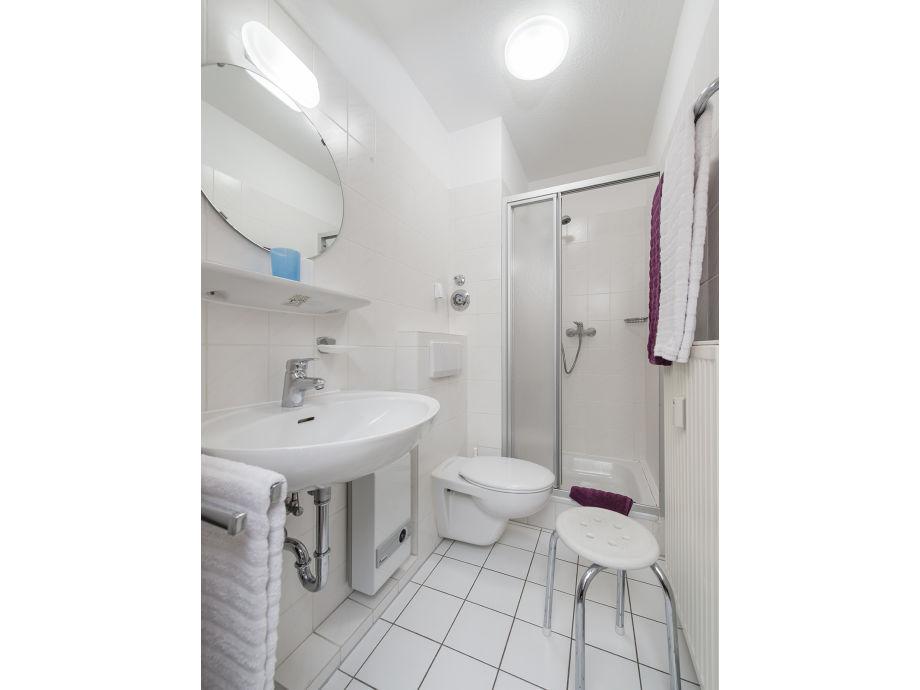 ferienwohnung 12 im haus robbenplate in duhnen nordsee cuxhaven duhnen firma appartement. Black Bedroom Furniture Sets. Home Design Ideas