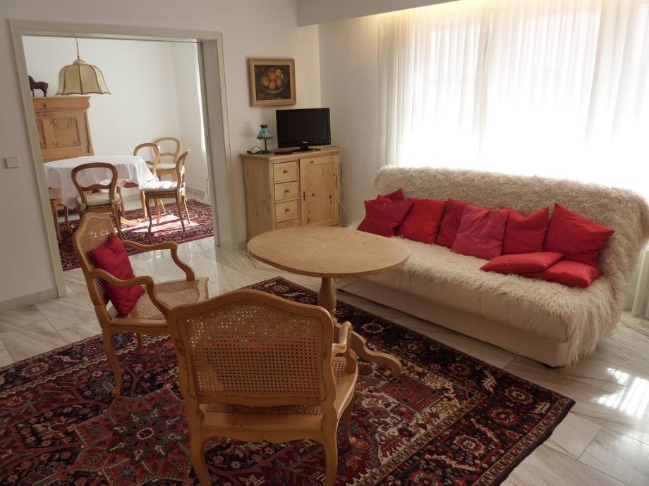 Das gemütliche Wohnzimmer der Ferienwohnung