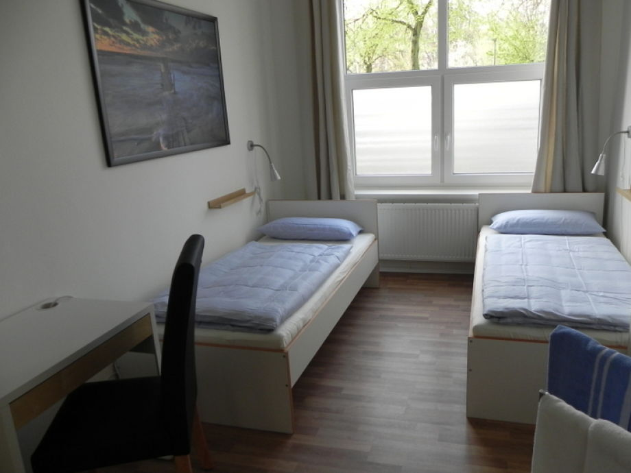 apartment elbschoner 4 5 zimmer inkl w lan hamburg altona frau meyer. Black Bedroom Furniture Sets. Home Design Ideas