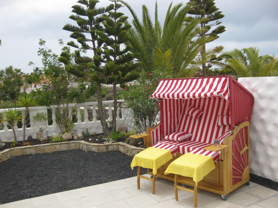 Strandkorb im Garten