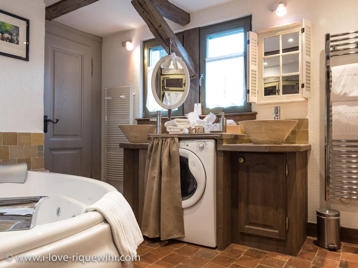 ferienwohnung der gl ckliche drache elsass colmar herr jean paul krebs. Black Bedroom Furniture Sets. Home Design Ideas