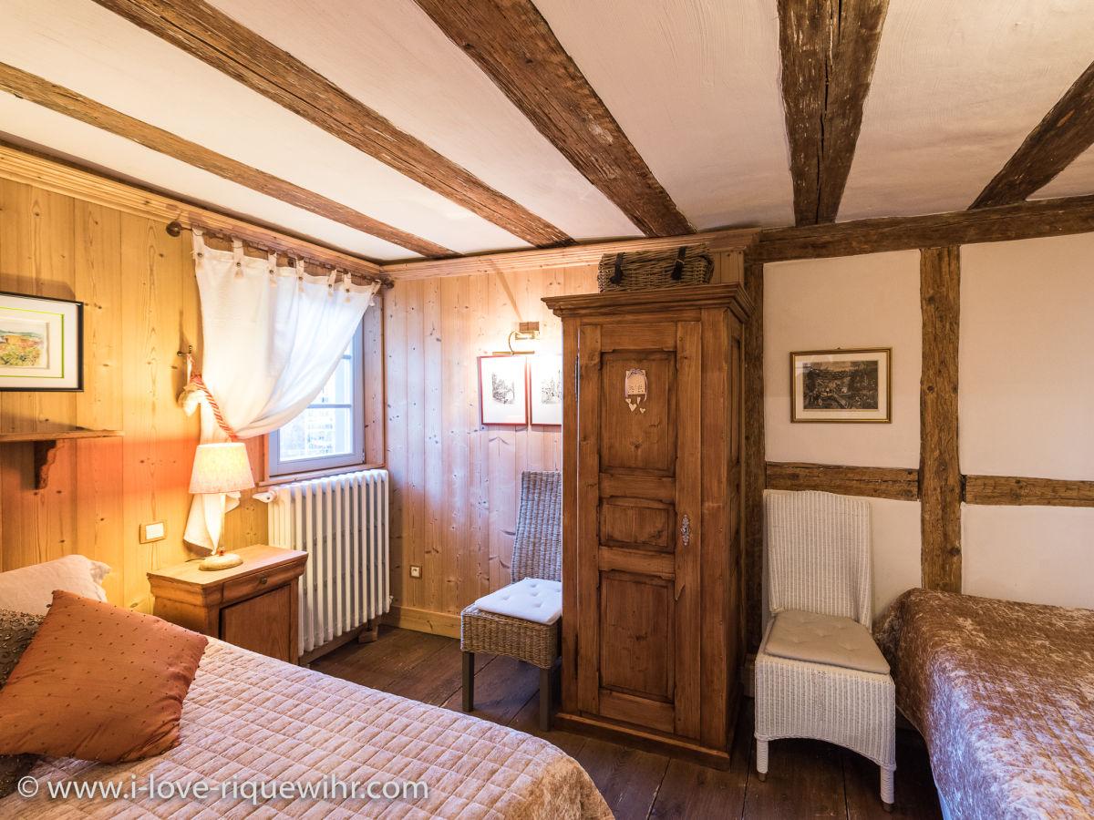 ferienwohnung der gl ckliche drache elsass colmar familie martine jean paul krebs. Black Bedroom Furniture Sets. Home Design Ideas