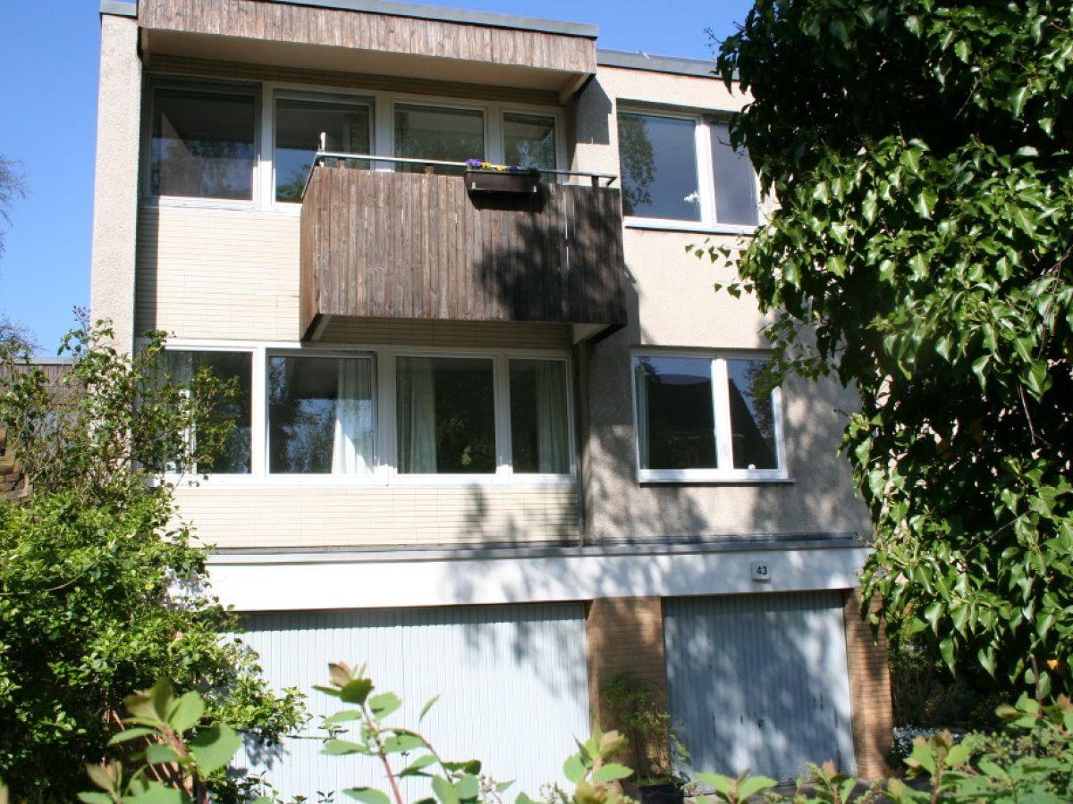 Ferienwohnung Berlin Hansaviertel ferienwohnung berlin hansaviertel a base architects