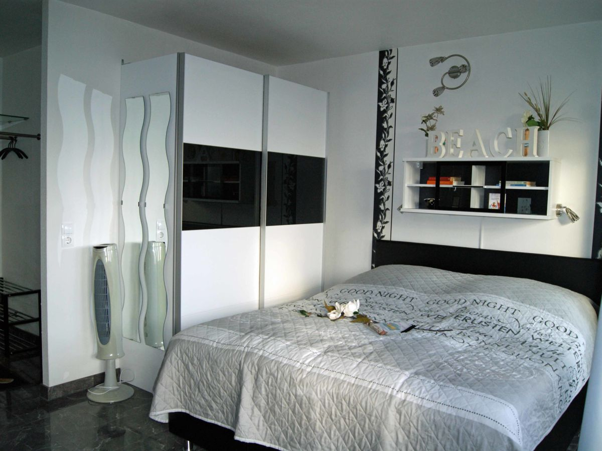 ferienwohnung nautilus ii steinhude firma susis ferienwohnung frau susanne b ttcher. Black Bedroom Furniture Sets. Home Design Ideas