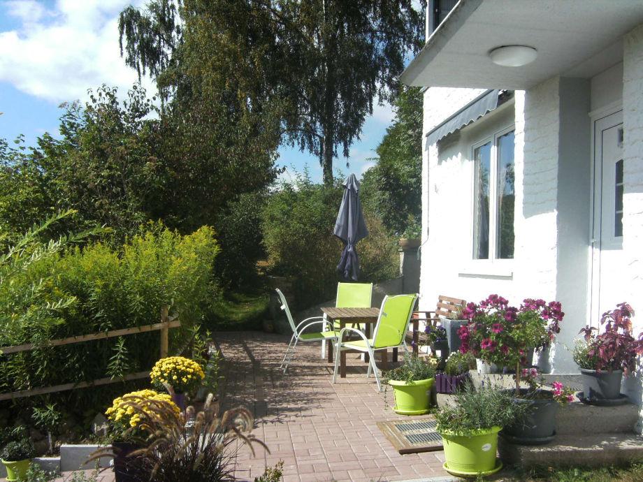 Sonnenbad auf der Terrasse - Urlaub!
