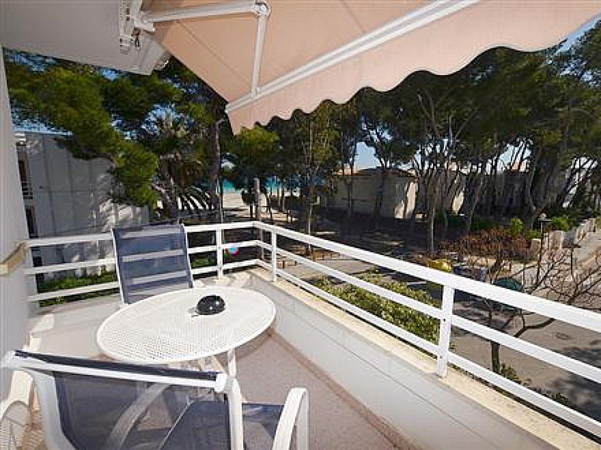 Ferienwohnung vassu mallorca alcudia firma fewollorca for Markise balkon mit strand tapete