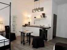 Apartment Nr. 22 Black & White