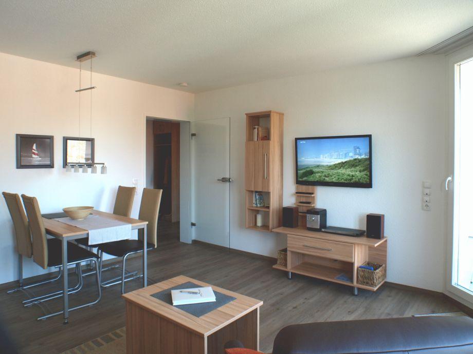 Ferienwohnung Cuxhaven Wohnzimmer mit LED-3D-Fernseher
