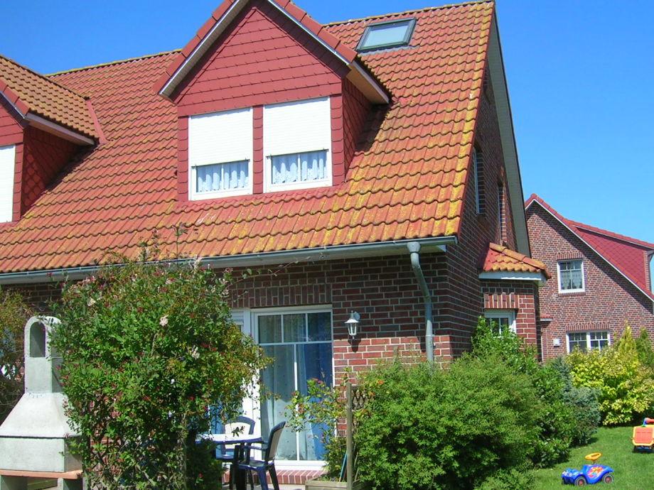 Ferienhaus sonne deichblick nordsee ostfriesland frau erika kreutz - Terrasse mit garten ...
