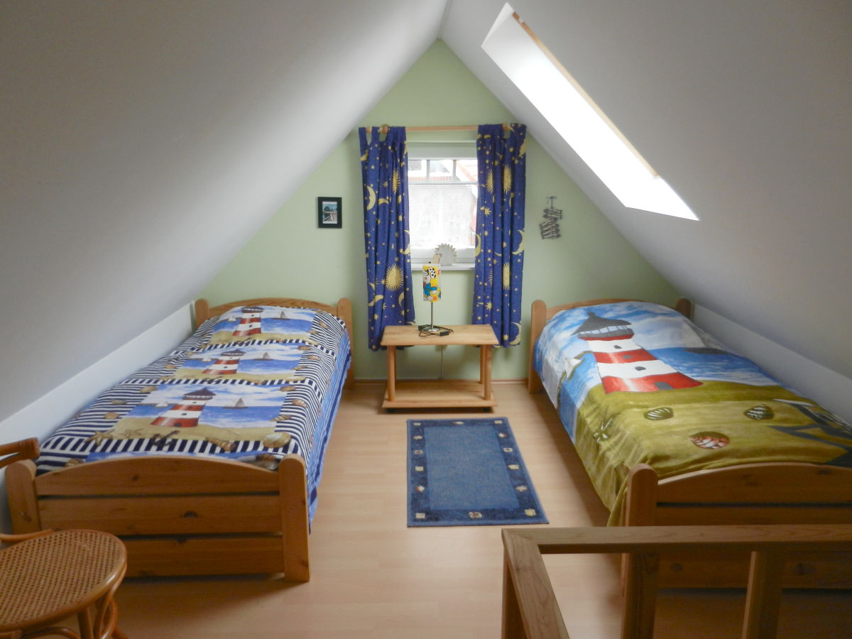 ferienhaus sonne deichblick nordsee ostfriesland frau. Black Bedroom Furniture Sets. Home Design Ideas