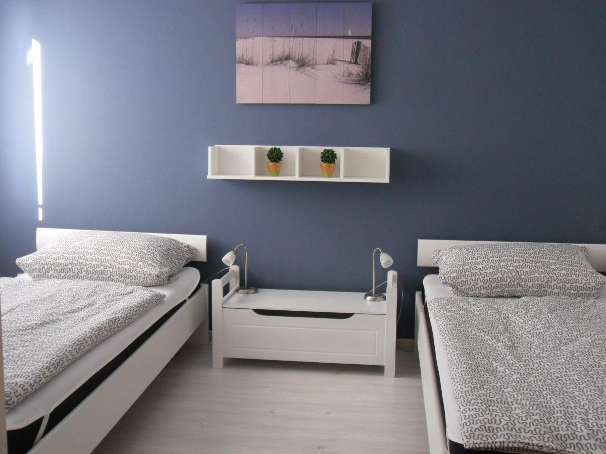 ferienhaus antje altenkirchen r gen frau antje petersen. Black Bedroom Furniture Sets. Home Design Ideas