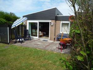 Ferienhaus Huis Antje - Parkanlage De Blenck 32