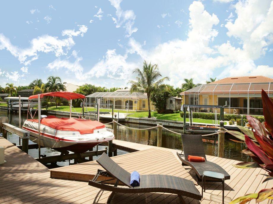 Ein Platz zum relaxen am Kanal in Cape Coral