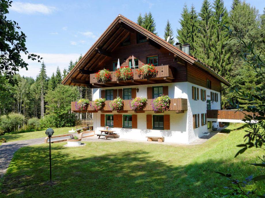 Waldhaus Sonnenberg in der Sonne