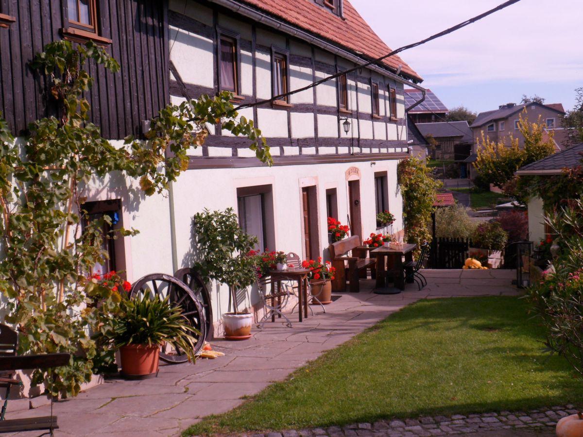 Ferienwohnung im Fachwerkhaus Nr. 2, Sächsische Schweiz - Frau ...