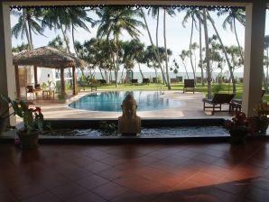 Lanka Beach Villa