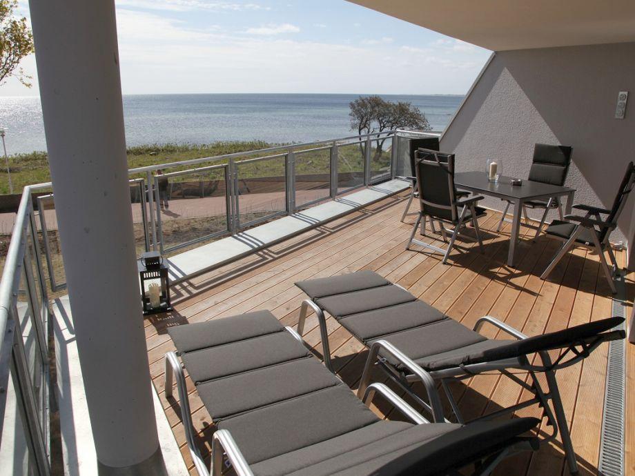Blick von der Terrasse der Wohnung 4, 1. OG