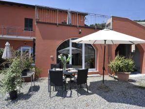 Holiday apartment Casa L' Arco