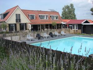 Ferienhaus De Weyde Blick