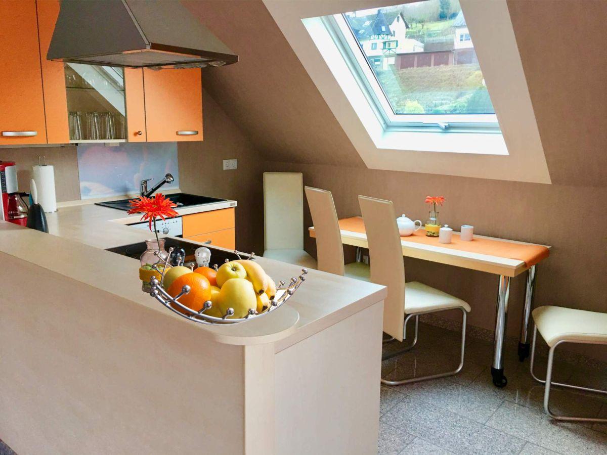 ferienwohnung cella zell mosel familie berthold und trudel reinisch. Black Bedroom Furniture Sets. Home Design Ideas