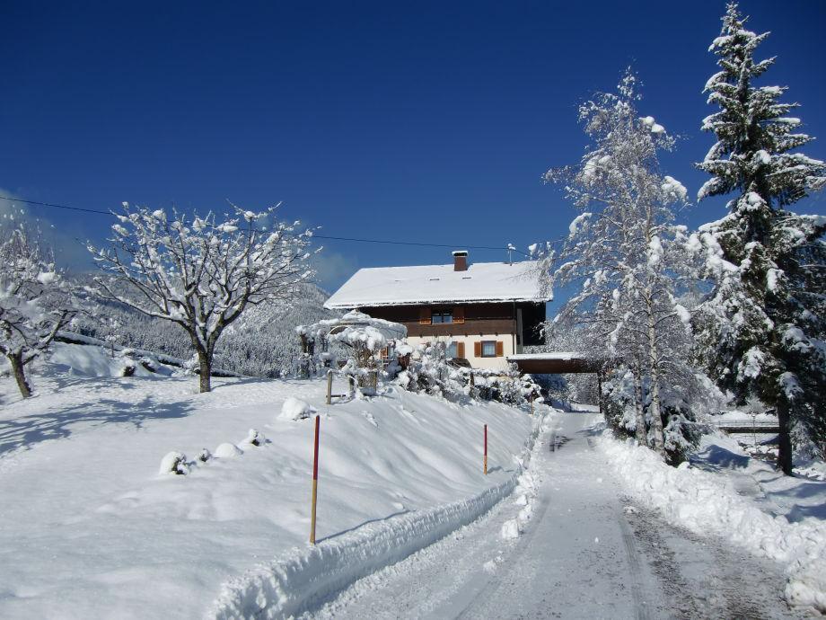 Winter Ferienhaus Lesch