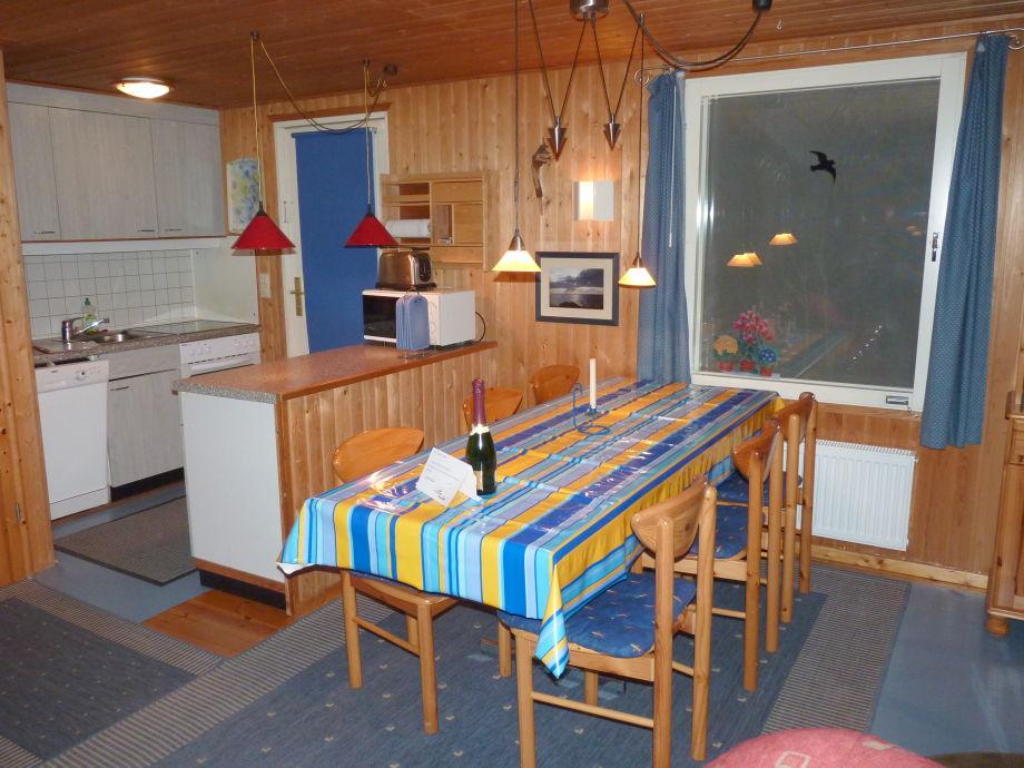 ferienhaus mit panoramablick auf den glammsee mit stegliegeplatz mecklenburgische seenplatte. Black Bedroom Furniture Sets. Home Design Ideas