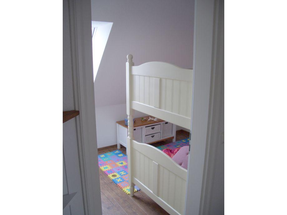 ferienhaus mit der familie ans meer ostsee frau. Black Bedroom Furniture Sets. Home Design Ideas