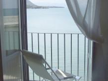 Holiday apartment Casa Lavatoio by the sea
