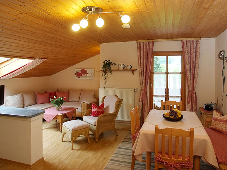 ferienwohnung landhaus schneider bayerischer wald frau. Black Bedroom Furniture Sets. Home Design Ideas