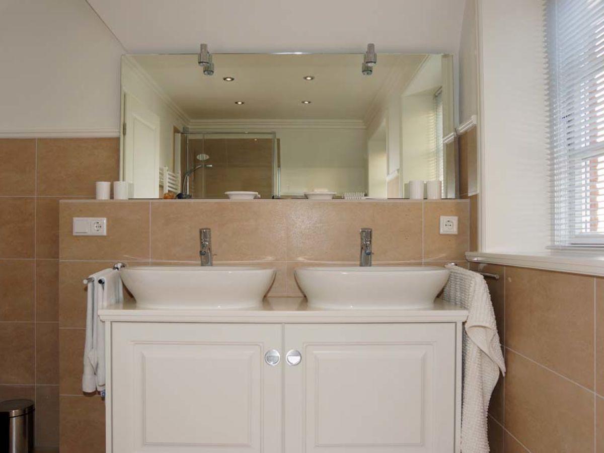 ferienhaus h s bi a maln 1 schleswig holstein nordsee nordfriesische inse frau stephanie preu. Black Bedroom Furniture Sets. Home Design Ideas