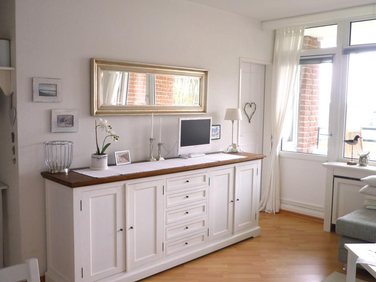 ferienwohnung haus oland whg 2 wyk auf f hr firma h rmann urlaubsdomizile f hr gmbh. Black Bedroom Furniture Sets. Home Design Ideas