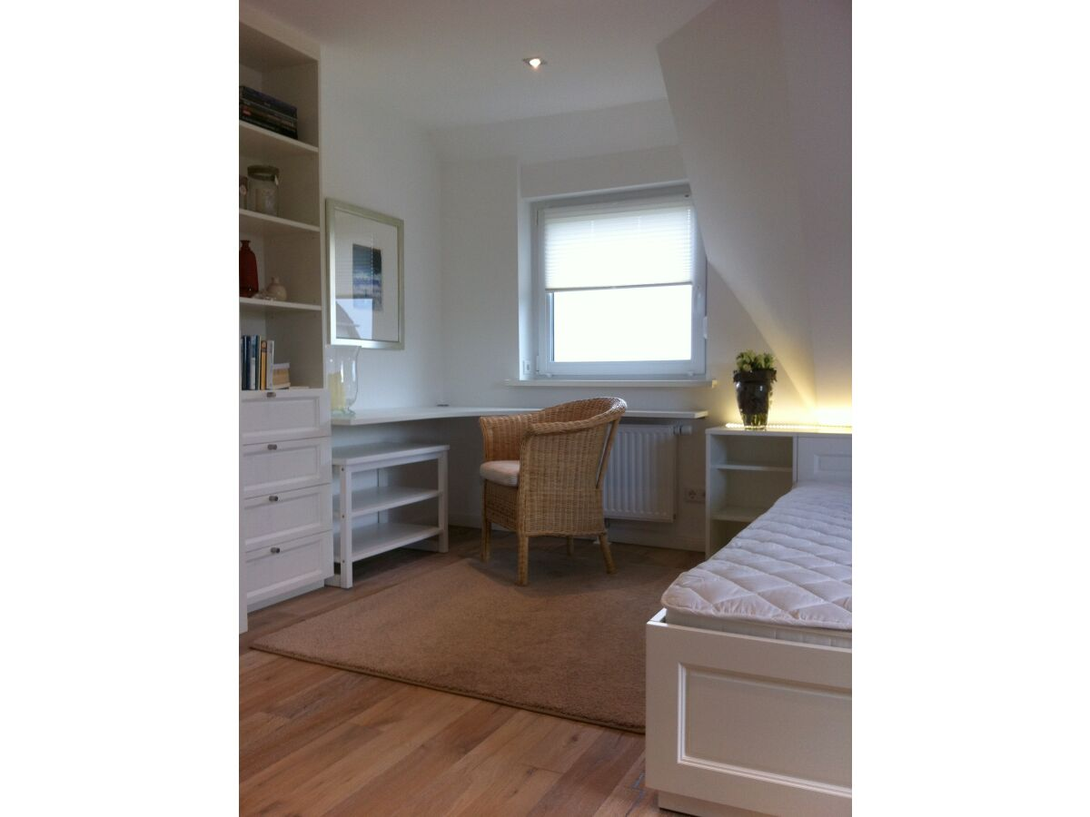 Schlafzimmer Mit Schreibtisch ~ Innenarchitektur und Möbelideen
