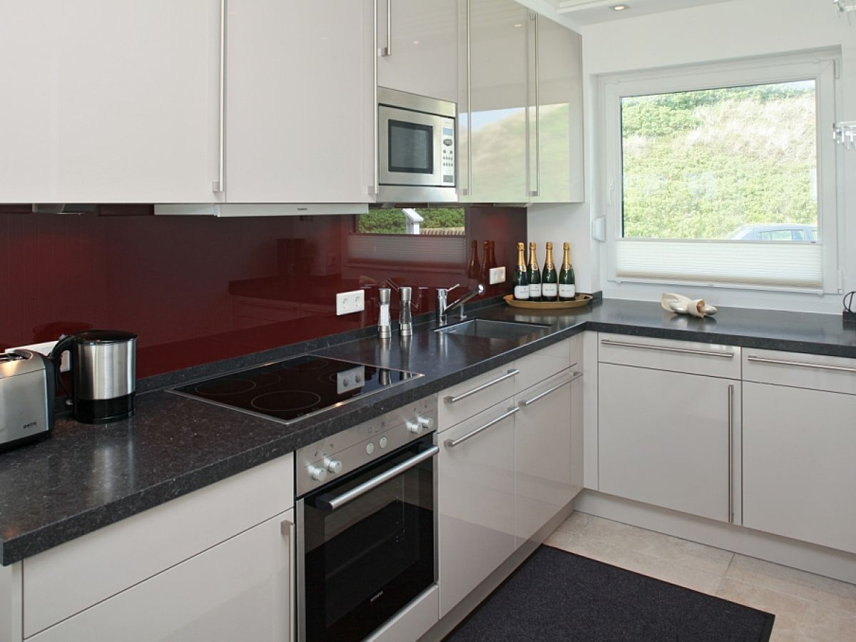 ferienhaus haus wattenmeer sylt rantum direkt am wattenmeer herr michael mara. Black Bedroom Furniture Sets. Home Design Ideas