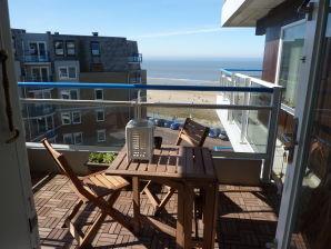 Apartment at the sea