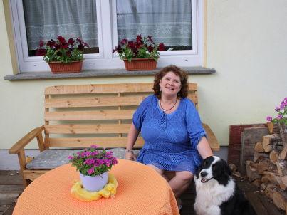 Ihr Gastgeber Monika Jost