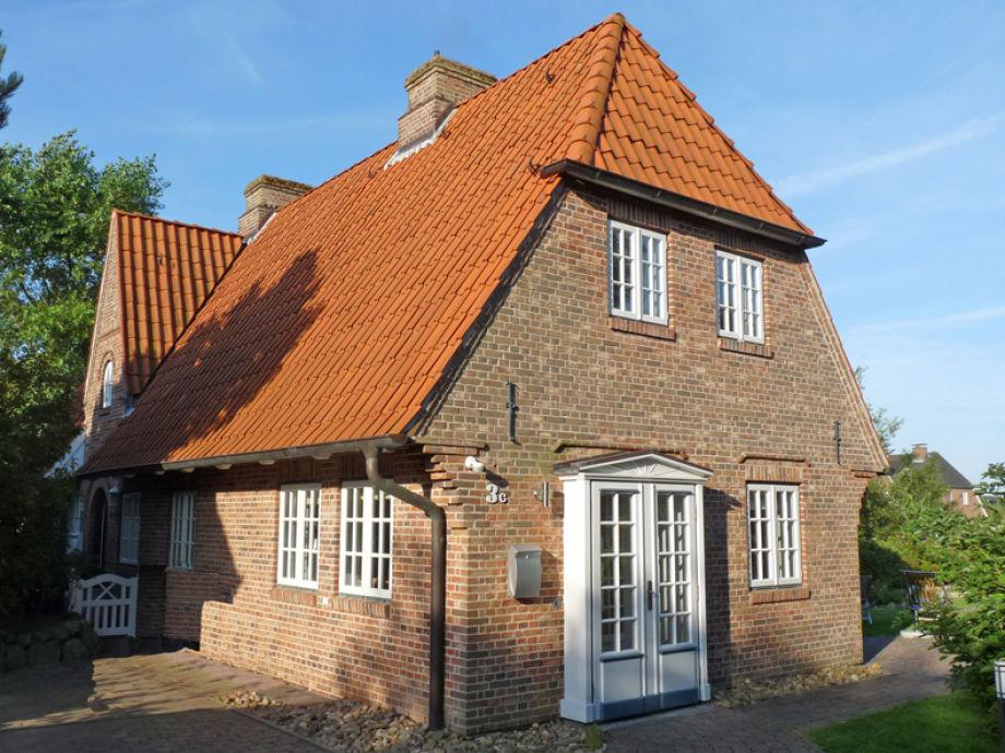 Wunderschöne Doppelhaushälfte mit eigenem Eingang.