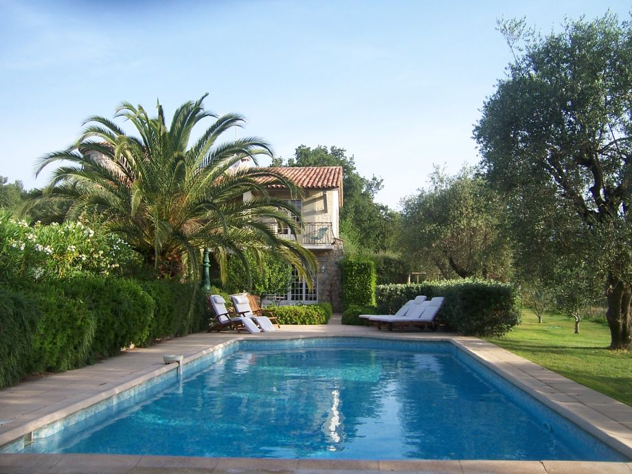 Ferienhaus mit Pool (10x4,5m)