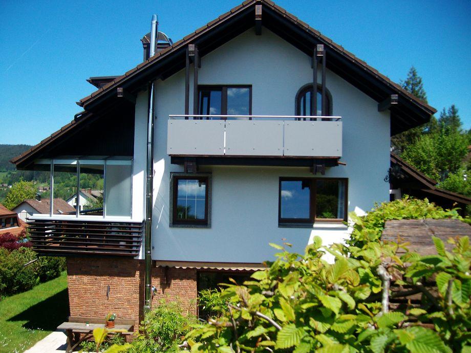 ferienwohnung sarah im ferienhaus waldgrund nationalpark schwarzwald baiersbronn familie. Black Bedroom Furniture Sets. Home Design Ideas