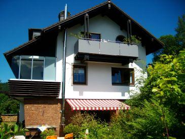 Ferienwohnung Sarah im Ferienhaus Waldgrund