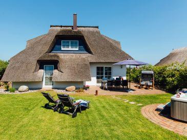 Ferienhaus in Reet mit Außen-Whirpool