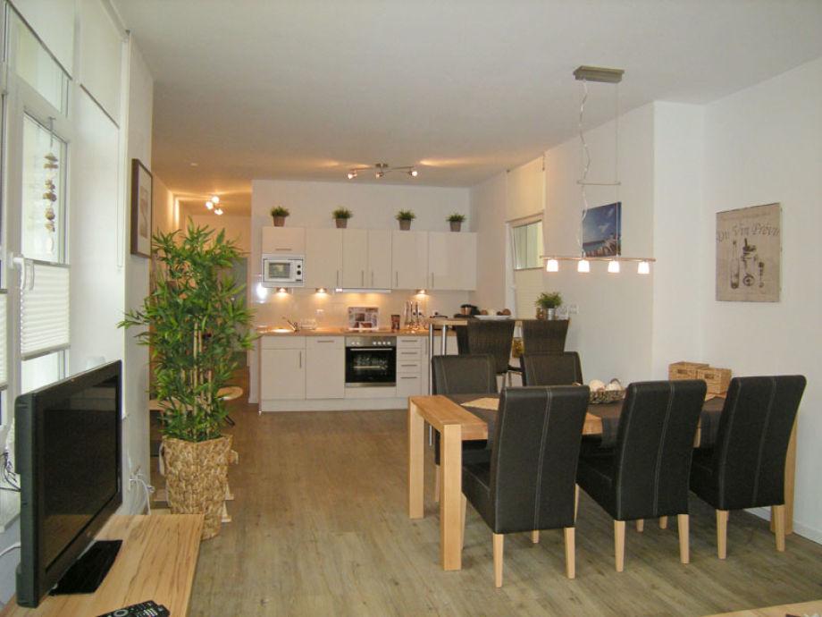 Wohn-Essbereich und Küche