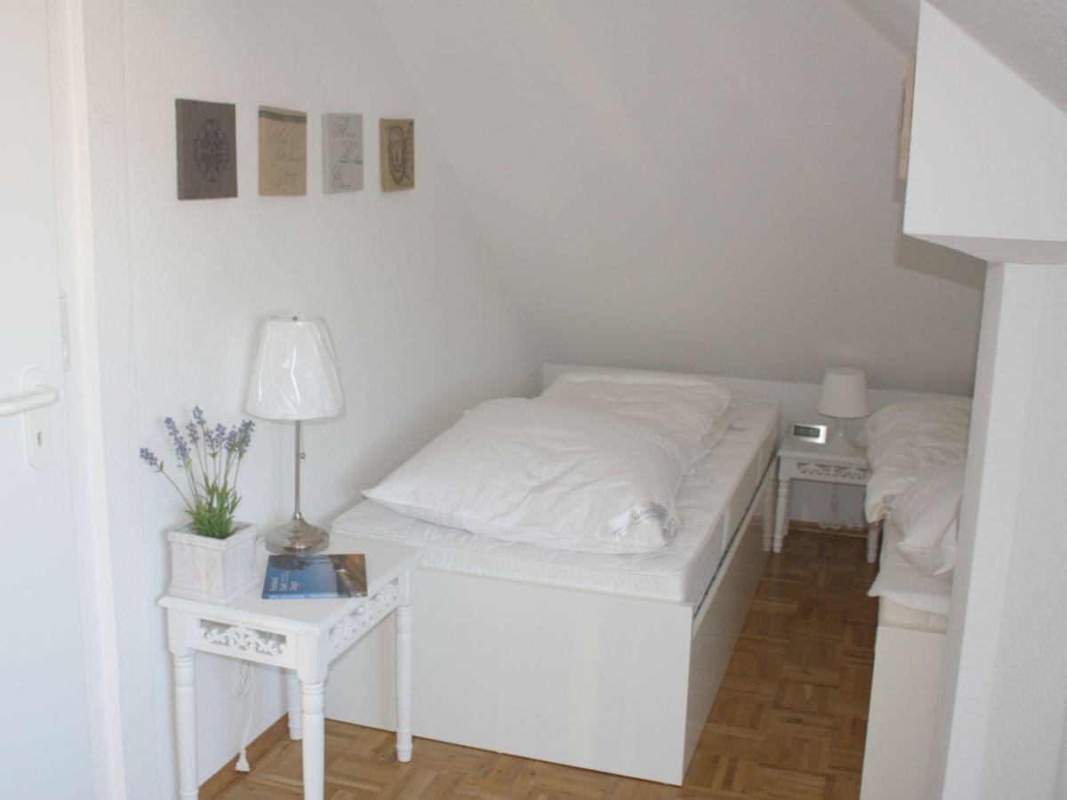 ferienhaus zingstrose zingst fischland darss zingst firma iss immobilien service. Black Bedroom Furniture Sets. Home Design Ideas